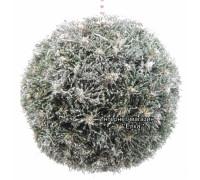 Новогодний шар из искусственной хвои с блестками